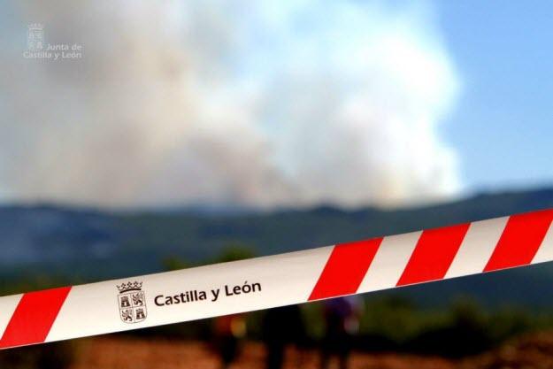 Cinta de seguridad 'no pasar' de la Junta de Castilla y León - 112