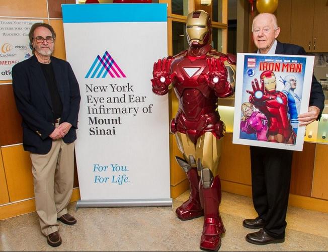 La idea de un médico da vida a una superheroína con implantes cocleares